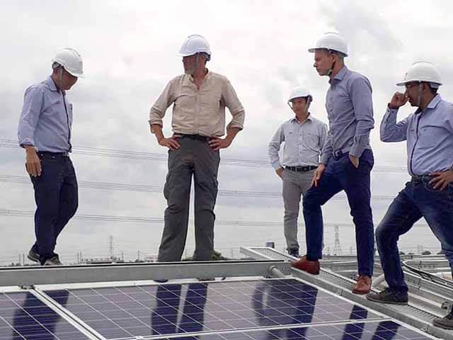 mantenimiento modulos planta solar