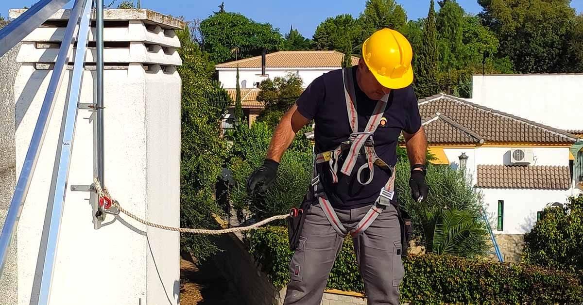 mantenimiento estructura placas solares
